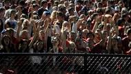 Student section at the Homecoming Football Game. (J. Van der Linden)