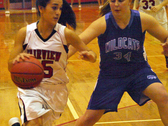 Sarah Gordon driving past her defender